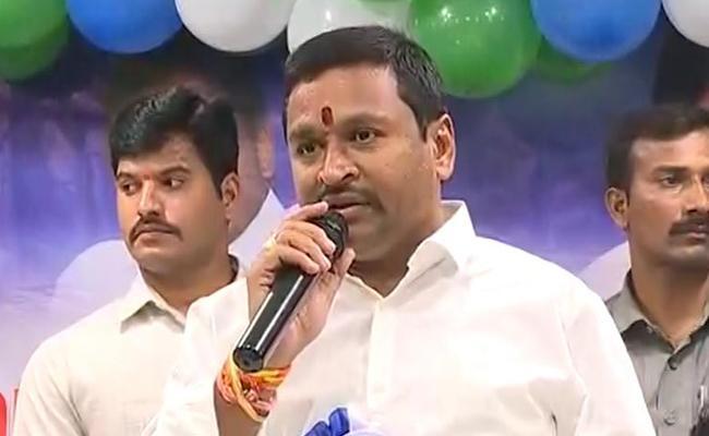 Vijayawada: Vellampalli Srinivas Slams Chandrababu Naidu - Sakshi