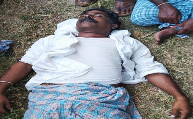 Farmer Commits Suicide Due To Debt At Domakonda - Sakshi