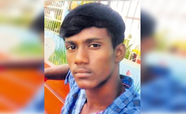 Chennai Man Commits Suicide Over Wife Did Not Come - Sakshi
