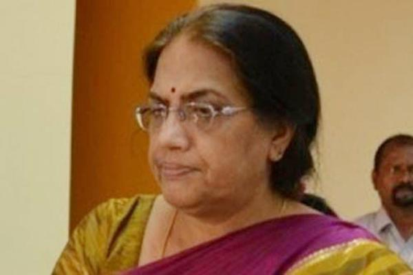 CS Neelam Sahni orders the authorities to stop Sand Mafia - Sakshi