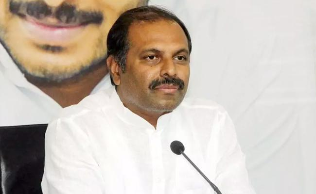 Chandrababu Naidu Is An Outdated Leader, Says Srikanth Reddy - Sakshi