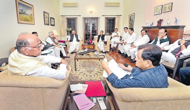 Shiv Sena Congress NCP alliance in maharashtra govt formation - Sakshi