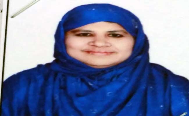 Gangster Nayeem Sister Arrested In Bhuvanagiri - Sakshi