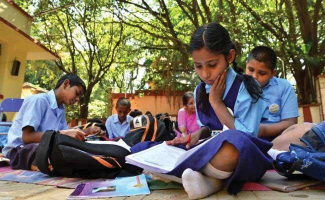 Ilapavuluri Murali Mohana Rao Article On Importance Of English Medium - Sakshi