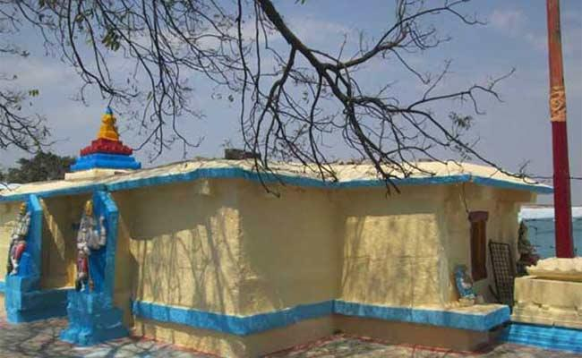 Excavations For Treasure Hunt In Temple At Amrabad - Sakshi