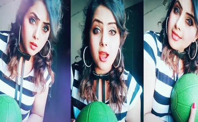 Sridevi TikTok lookalike is grabbing internet with her videos - Sakshi