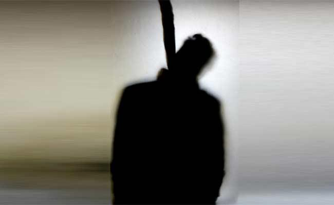 Army Soldier Commits Suicide After Cyber Fraud In Hyderabad - Sakshi