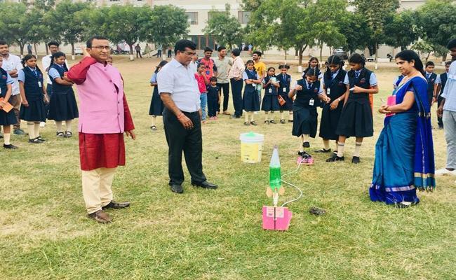 ISRO Held Demonstration At Karimnagar Engineering College - Sakshi