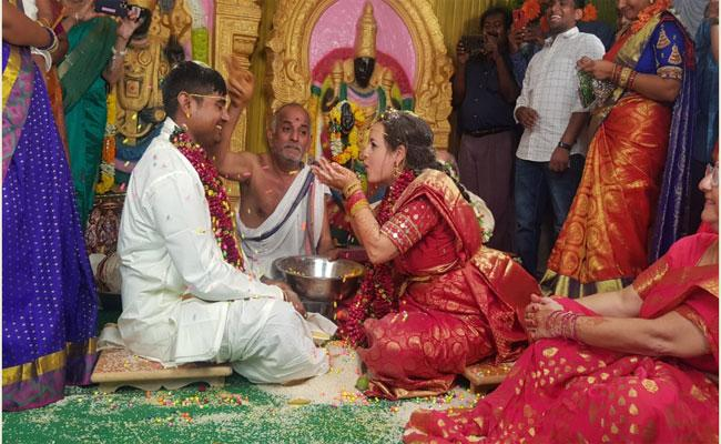Spanish Woman A Young Man From Anantapur Fell In Love Got Married - Sakshi