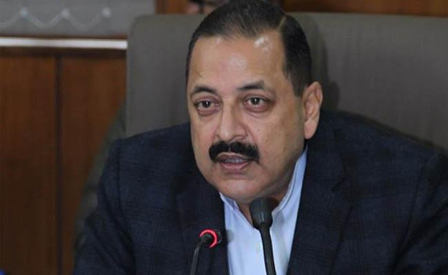 Nearly 7 lakh vacant posts in central government departments: Jitendra Singh - Sakshi