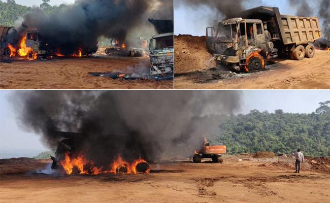 Chhattisgarh: 9 vehicles including Dumper and JCB set on fire by naxals - Sakshi