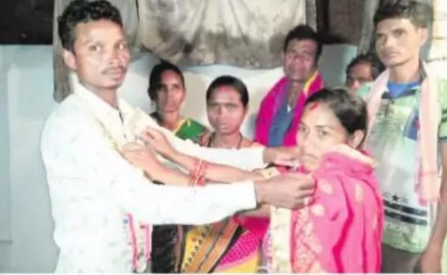 Wife Make Marriage To Husband With Another Girl In Odisa - Sakshi