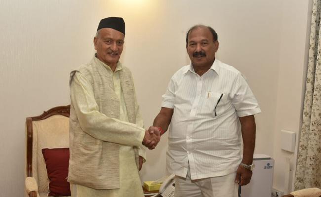 BJP MLA Kalidas Kolambkar as Assembly Protem Speaker - Sakshi