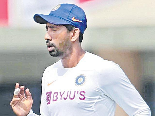Wriddhiman Saha undergoes successful surgery for finger injury - Sakshi