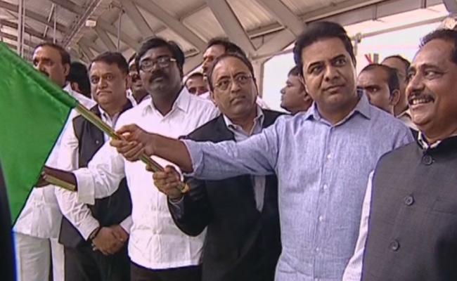 Minister KTR Started Hitech City To Raidurg Metro Rail - Sakshi