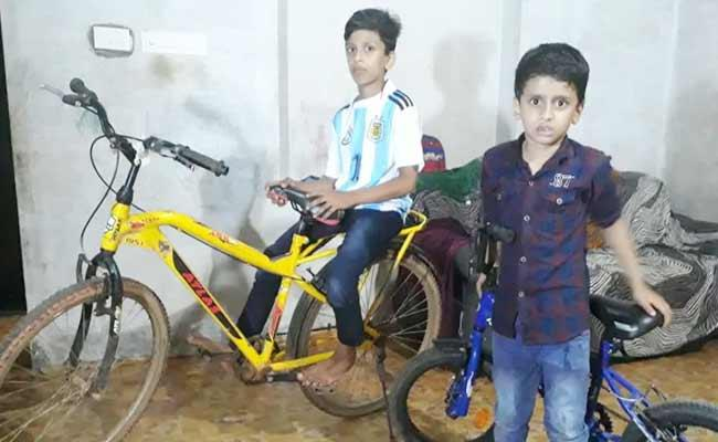 Kerala Police Applauded For Their Response Over Boy Letter Of Cycle Repair - Sakshi