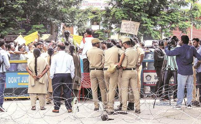 Dileep Reddy Writes Guest Column On Human Rights protection And Responsibility - Sakshi