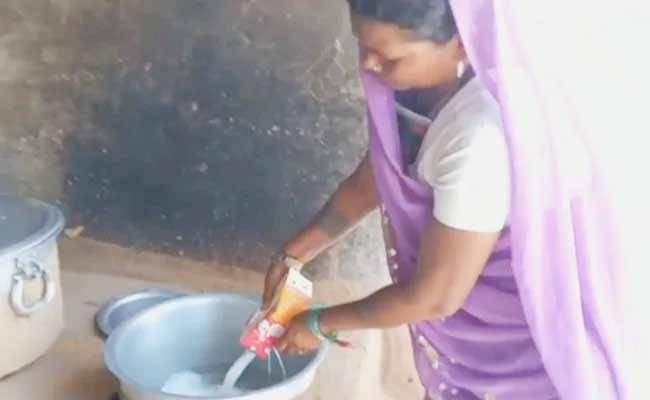 Litre Milk Distributed To 81 Students In UP Govt School - Sakshi