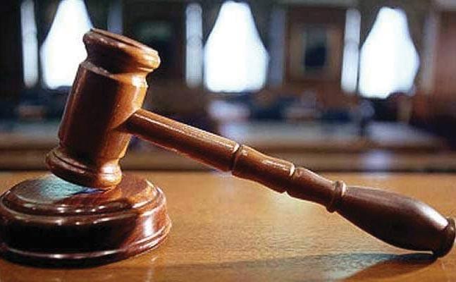 Lawyers Allegedly Threatened Kerala Judge - Sakshi