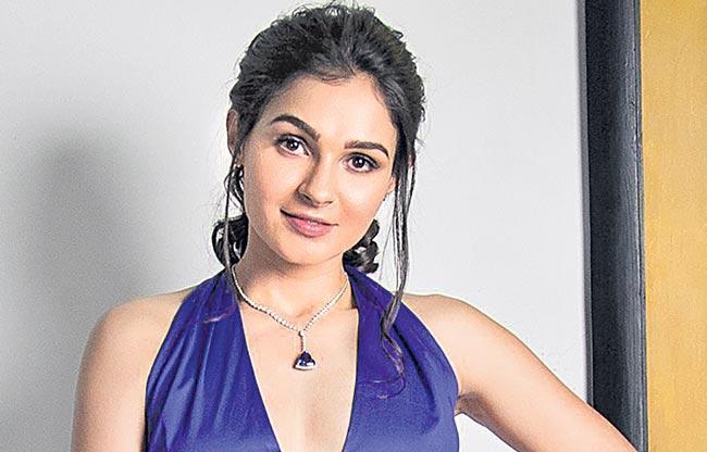 Andrea joins Vijay is next film - Sakshi