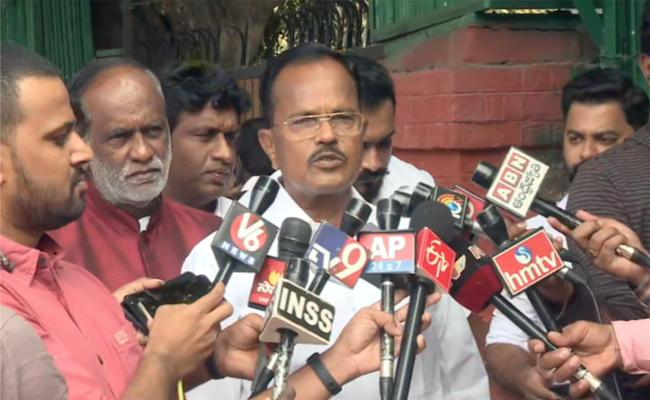 Motkupalli Narasimhulu Meets Amit Shah And Joins in BJP - Sakshi