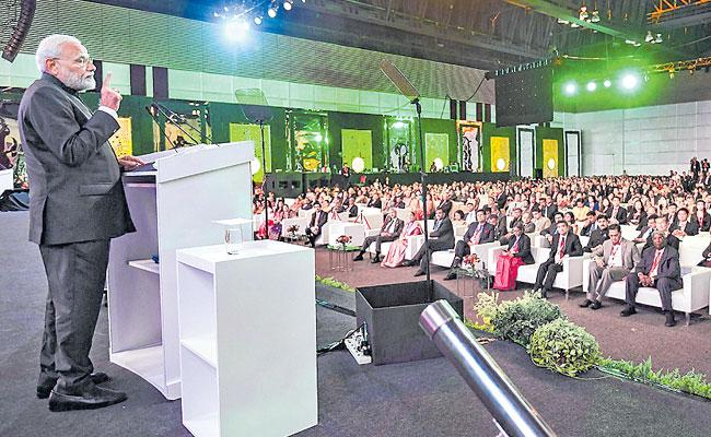 PM Modi Attends Aditya Birla Group Golden Jubilee Celebrations In Bangkok  - Sakshi