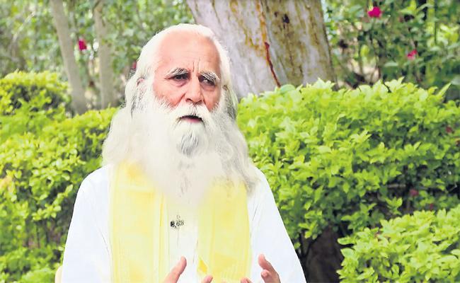 Deepak Sachde Amrut Krushi Farming special story In Sagubadi - Sakshi