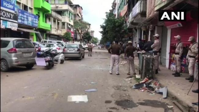 Bomb Blast In Imphal Leaves Four Policemen Injured - Sakshi