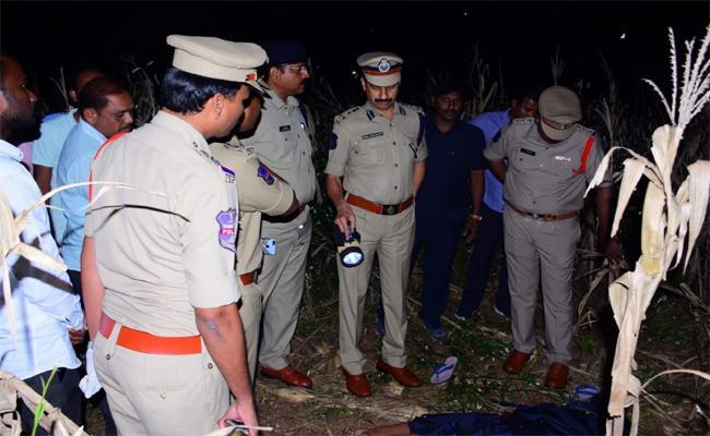 A Man Tried to Rape a Friend Wife in Karimnagar District - Sakshi