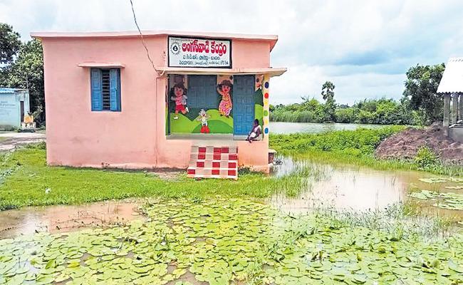 Check for sewage in villages - Sakshi