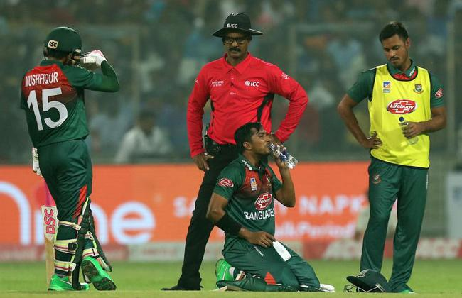 Two Bangladesh Players Vomited on Field During Delhi T20I - Sakshi