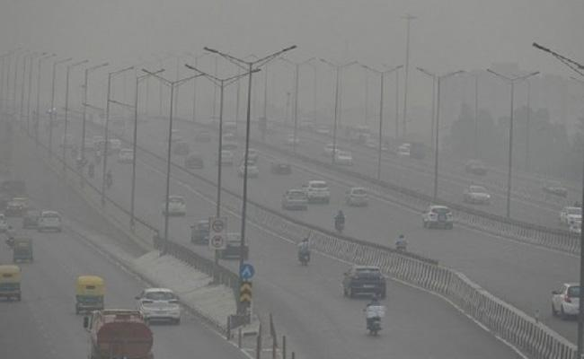 You sit in ivory towers and let people die, SC slams states on air pollution - Sakshi