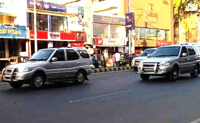 Chandrababu Naidu Tirupati Tour TDP Activists Vehicle Hits A Man - Sakshi