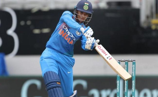 Mandhana Faster Than Kohli To 2000 Odi Runs - Sakshi