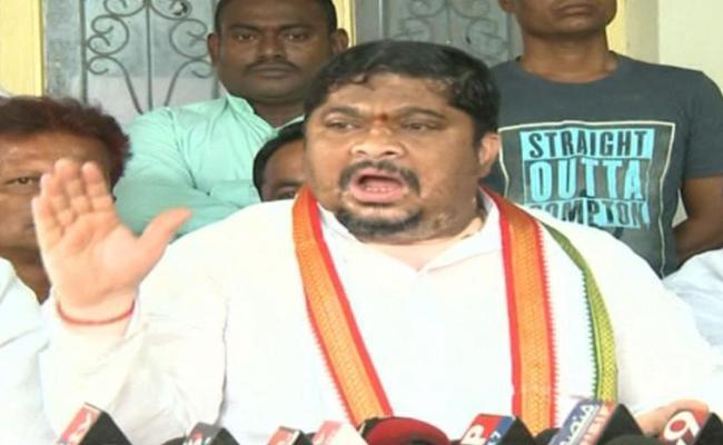 Ponnam Prabhakar Slams On BJP Government And KCR - Sakshi