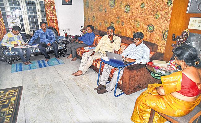 Corruption Officials Fear on ACB Rides Medchal - Sakshi