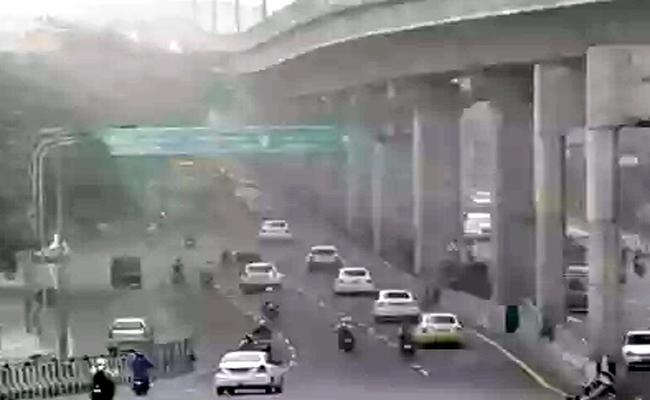 Pollution Percentage Rises in Chennai - Sakshi