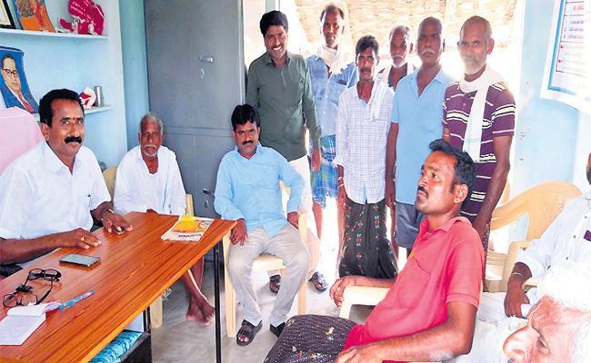Gulf Migrant Workers Special Story - Sakshi