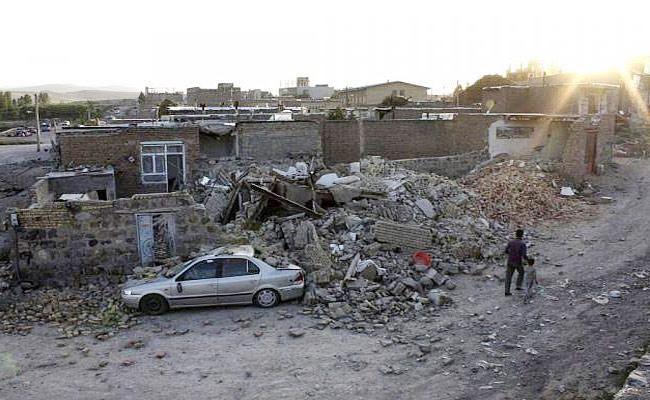 Iran Earthquake: Five Killed, 120 Injured - Sakshi