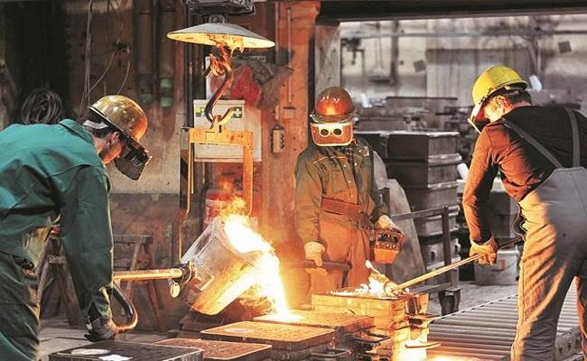 Moodys Rating Agency Cuts India Growth Rate - Sakshi