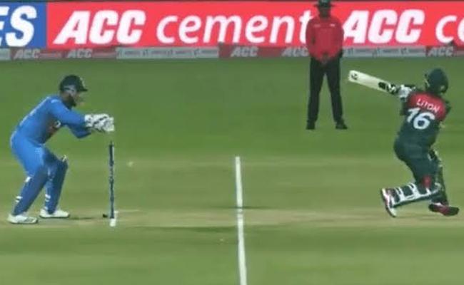 IND VS BAN: Ganguly Backs Pant After 2nd T20 At Rajkot - Sakshi