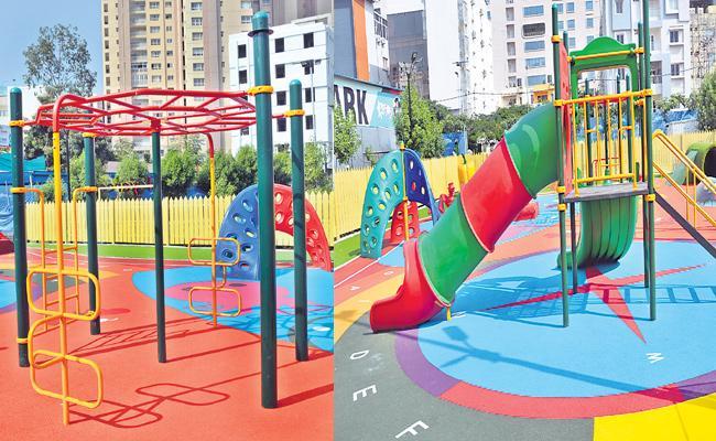 New Children's Play Area Will inaugurates Mayor Bonthu Rammohan - Sakshi