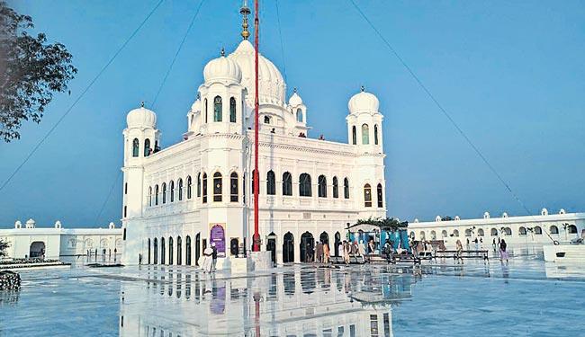 Sikh Pilgrims Await Historic Inauguration of Kartarpur Corridor in Pakistan - Sakshi