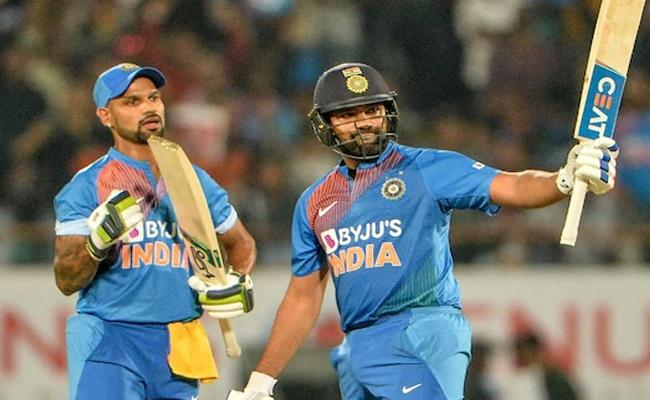 What Rohit Sharma Can Do Even Virat Kohli Can't Sehwag - Sakshi