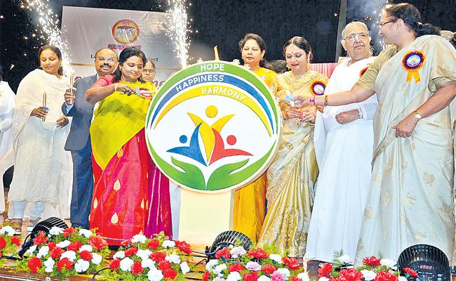 Governor Tamilisai Soundararajan Attends HOME HAPPINESS HARMONY Program In Hyderabad - Sakshi