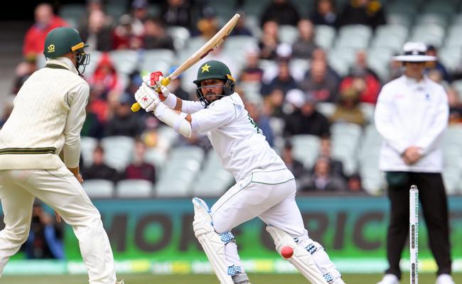 Yasirs Maiden Test Ton Lifts Pakistan In Second Test Against Australia - Sakshi