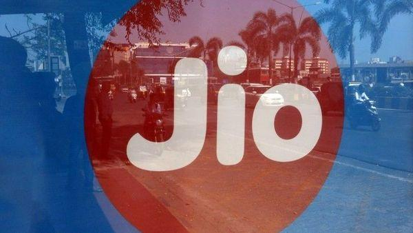 Jio Announces New Plans With Increased Tariffs - Sakshi