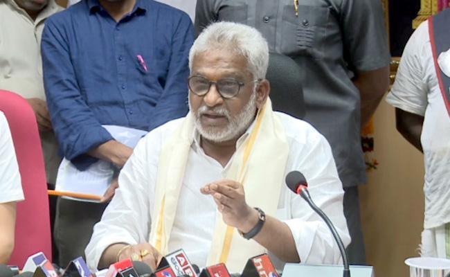 YV Subbareddy Fired On Chandrababu And Radha Krishna About TTD Issue - Sakshi