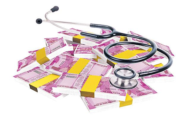 Convener Quota Seats In Private Medical Colleges Are Likely To Increase - Sakshi