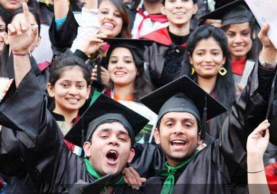 New Survey Reveals Employability Of Graduates Increased - Sakshi